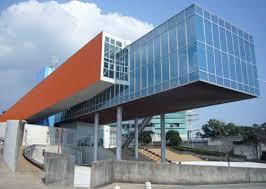 高知県にある坂本竜馬記念館(設計=高橋昌子、高橋寛)