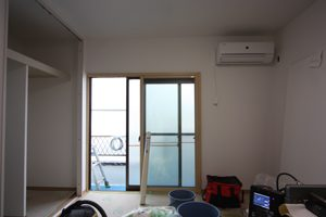 2階洋室はクロス工事が済んでいます。