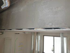 解体時のY様邸。梁の部分にも使われていました。