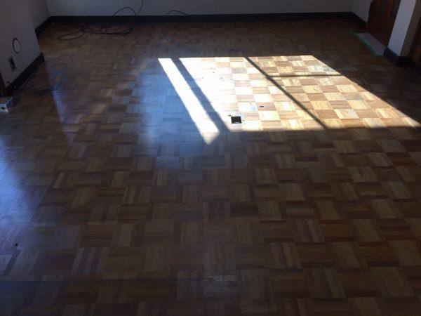リビングの床(リフォーム前)