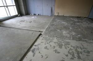 床のレベルあわせ前のリビングリフォーム施工中