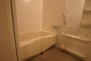 浴室が広くなったリフォーム後