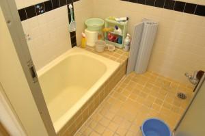 お風呂リフォーム前の浴槽
