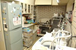 キッチンリフォーム前の収納棚