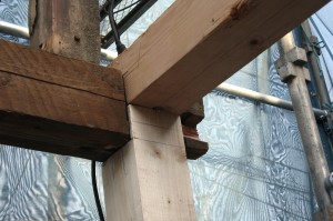 リフォーム解体時、新しい柱で補強