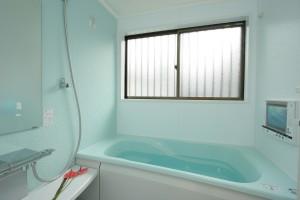 浴室リフォーム後のお風呂全景