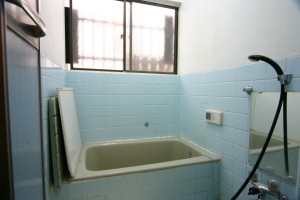 浴室リフォーム前の浴槽