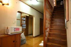 収納リフォーム前の玄関と下駄箱