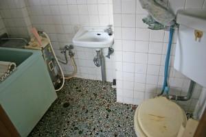 浴室リフォーム前の全景