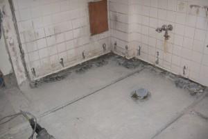 浴室リフォーム中の水道配管前