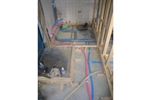 浴室リフォーム後の水道配管