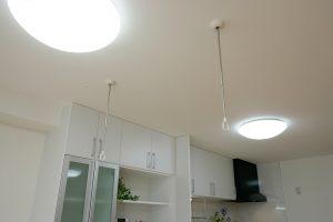 天井付け物干し設置金具に竿を取り付ける前