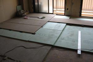 リフォーム中の床レベル調整