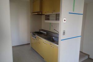 キッチンリフォーム前のシステムキッチン