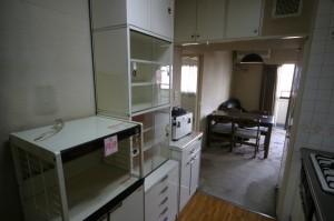 キッチンリフォーム施工前の棚