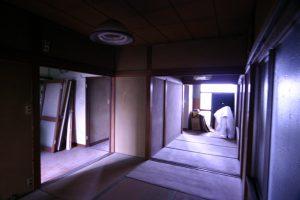 リフォーム前の二階室内