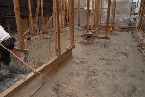 耐震リフォーム中 コンクリート流し込み