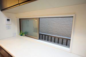 キッチンリフォーム後の外収納開口部