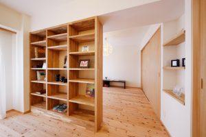 リフォーム後の書斎書棚