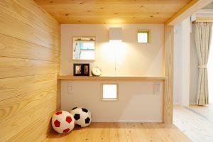 子供部屋リフォーム後の二段ベッドのベッドヘッド