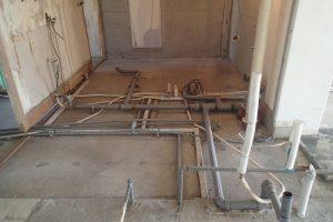 浴室・洗面台・トイレリフォーム中 解体後水道管交換前