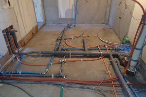 浴室・洗面台・トイレリフォーム中の水道配管
