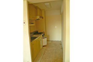 キッチンリフォーム前の壁付けI型キッチン