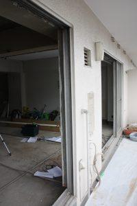 カバー工法例 レールを残し、既存窓を撤去