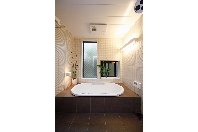 天井に浴室乾燥機