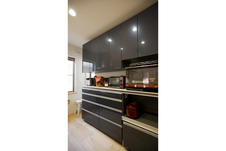 キッチンの家電棚