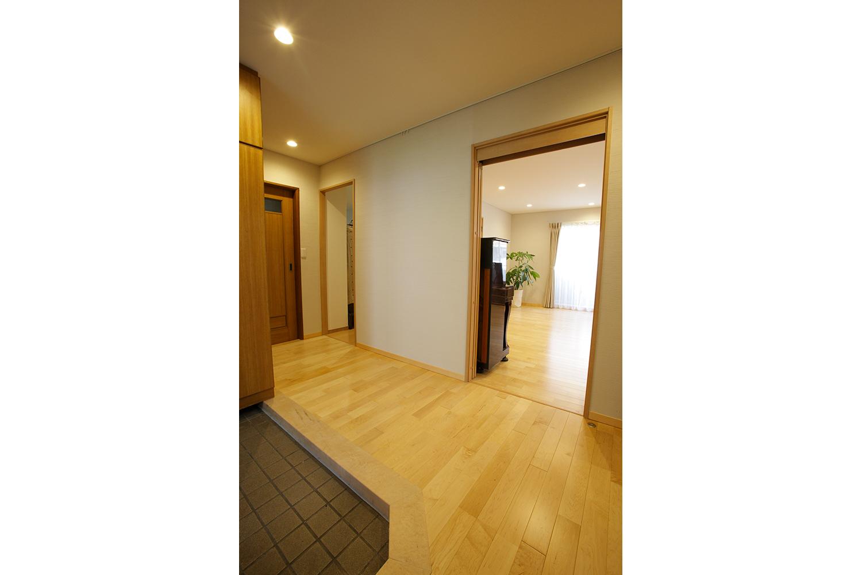 玄関のメイプル床