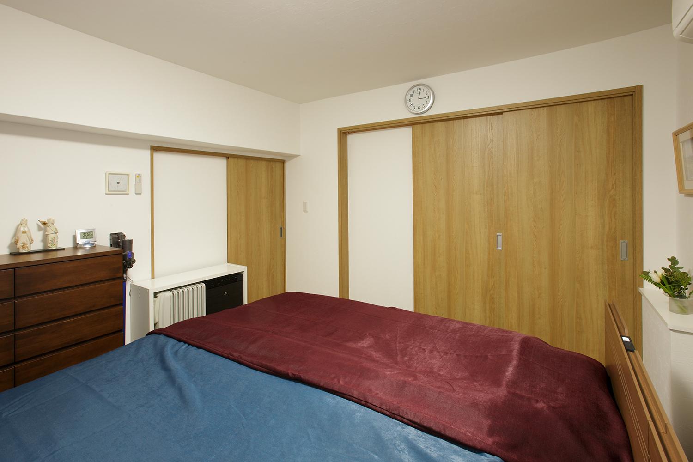 寝室リフォーム前引き戸締め状態
