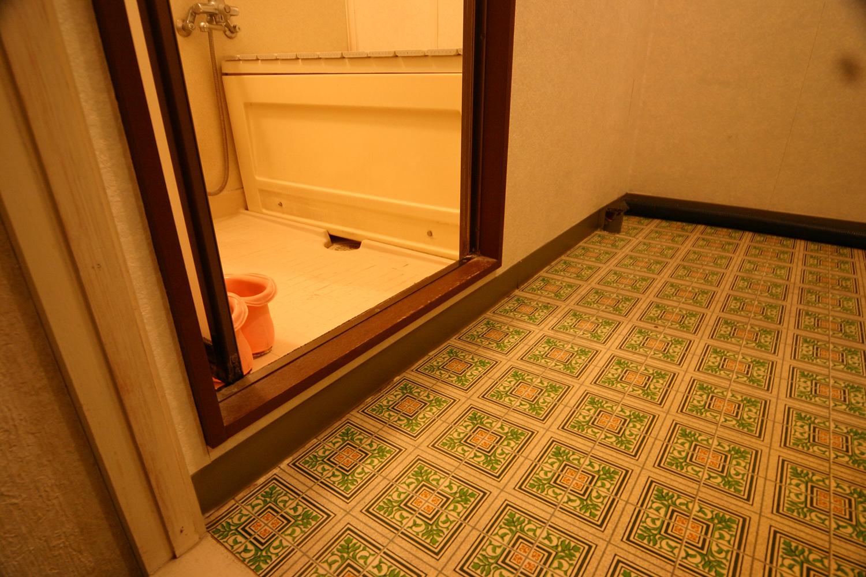 リフォーム前の浴室の段差