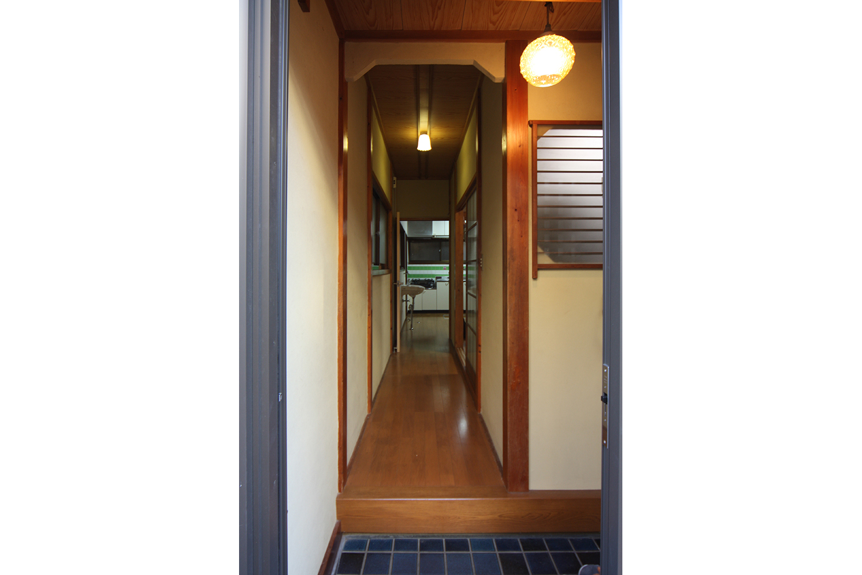 リフォーム前の玄関