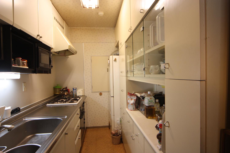 リフォーム前のキッチン内
