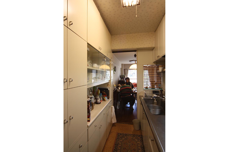 リフォーム前キッチンの背面棚