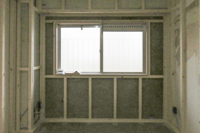 窓まわりの組立て