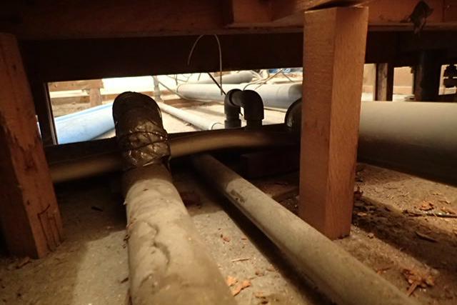 古い排水管