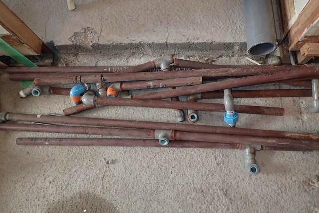 37年使われた鉄製の給水管