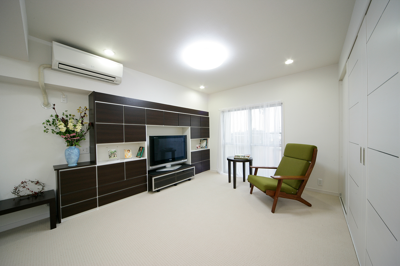リビングの壁面家具