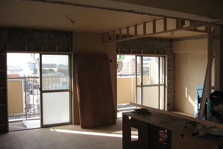 リビング・寝室木枠施工中