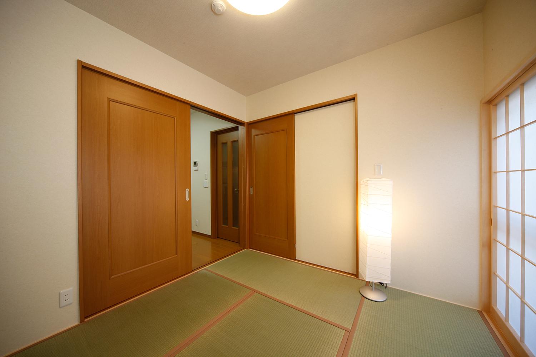 リフォーム後の1階和室畳収納を閉じた状態