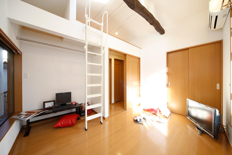 リフォーム後の2階ロフトと洋室