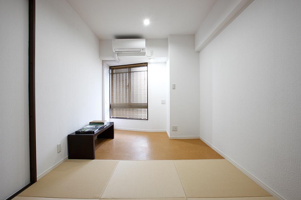 リフォーム後の書斎 畳とコルクカーペット