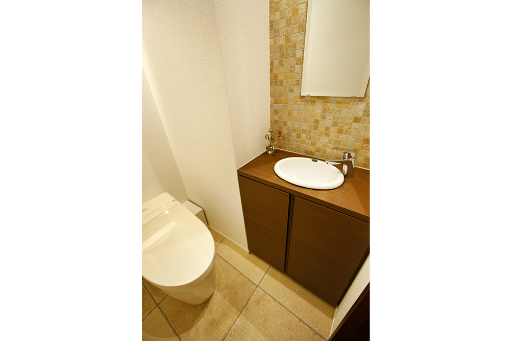 リフォーム後のトイレ全景