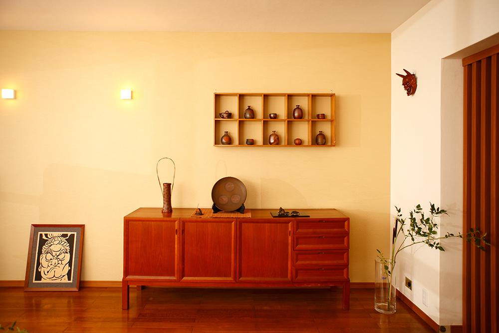 リフォーム後のリビングの飾り棚