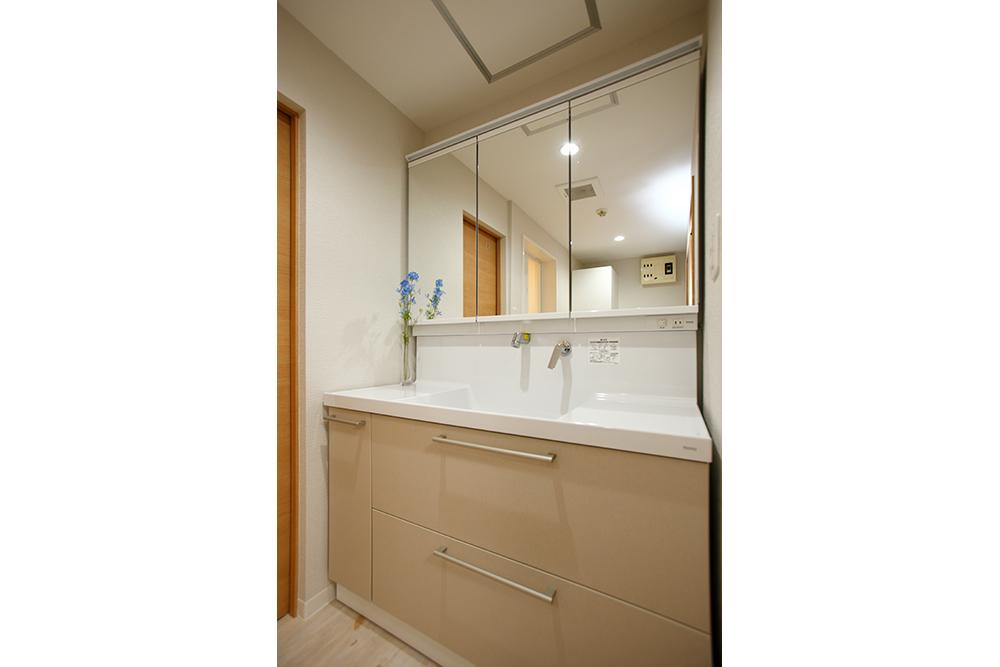 リフォーム後の洗面室
