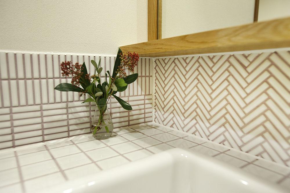 洗面室のタイル
