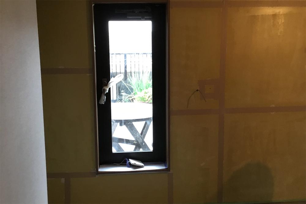 寝室の壁下地