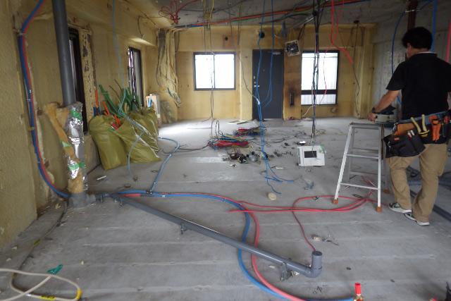 給排水管の施工途中